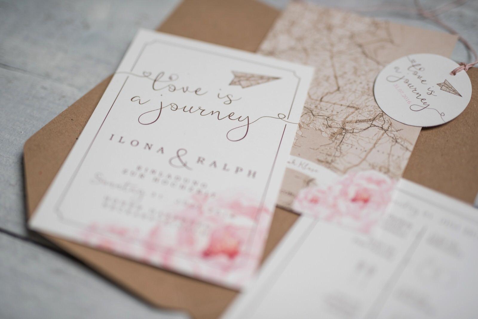 Hochzeitseinladung Love is a journey Boho-Hochzeit Hoher Darsberg