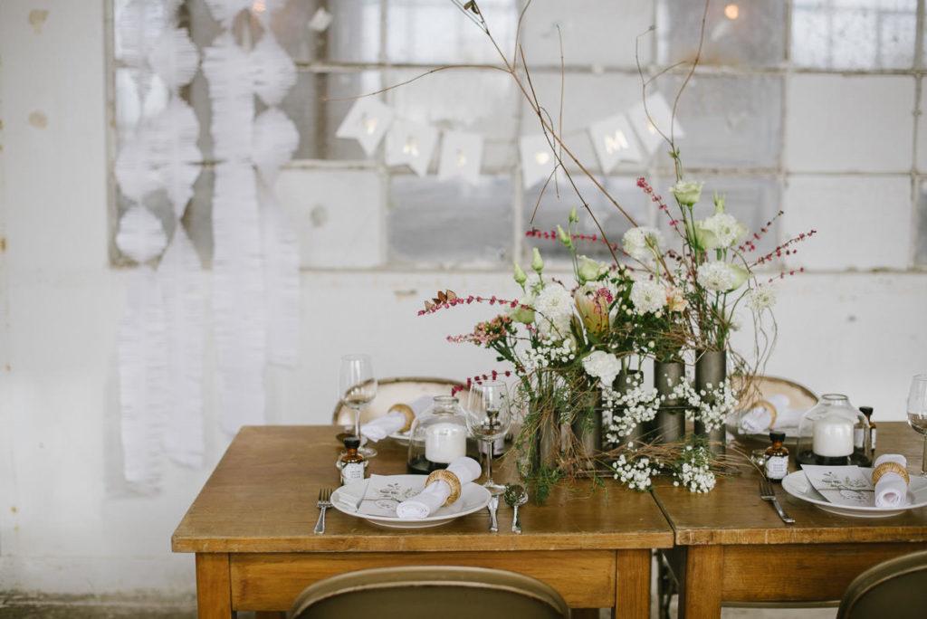 Hochzeit Industrial Look Einladung Modern Botanical