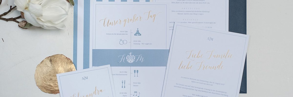 Hochzeitspapeterie in Dusty Blue & Gold